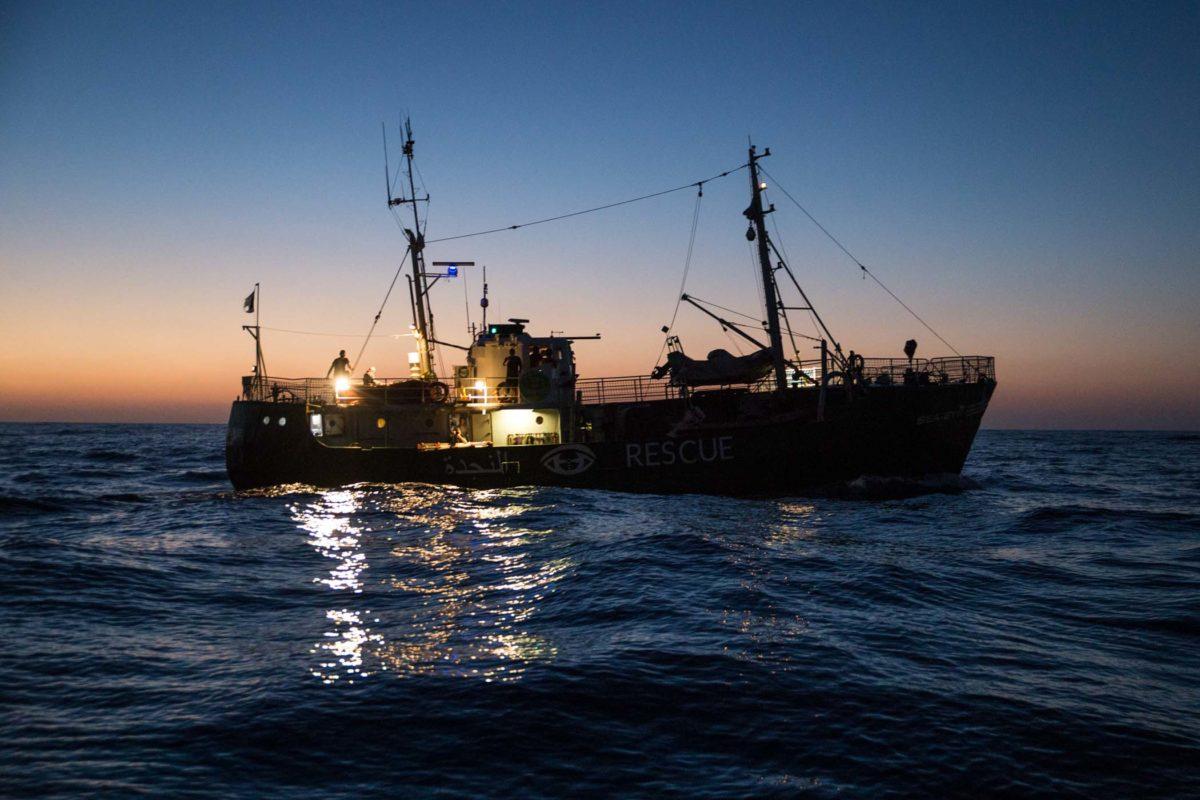 Die Seefuchs (ein NGO-Schiff) auf dem zentralen Mittelmeer. Foto: Erik Marquardt im Juni 2017